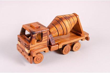 Caminhão De Madeira III